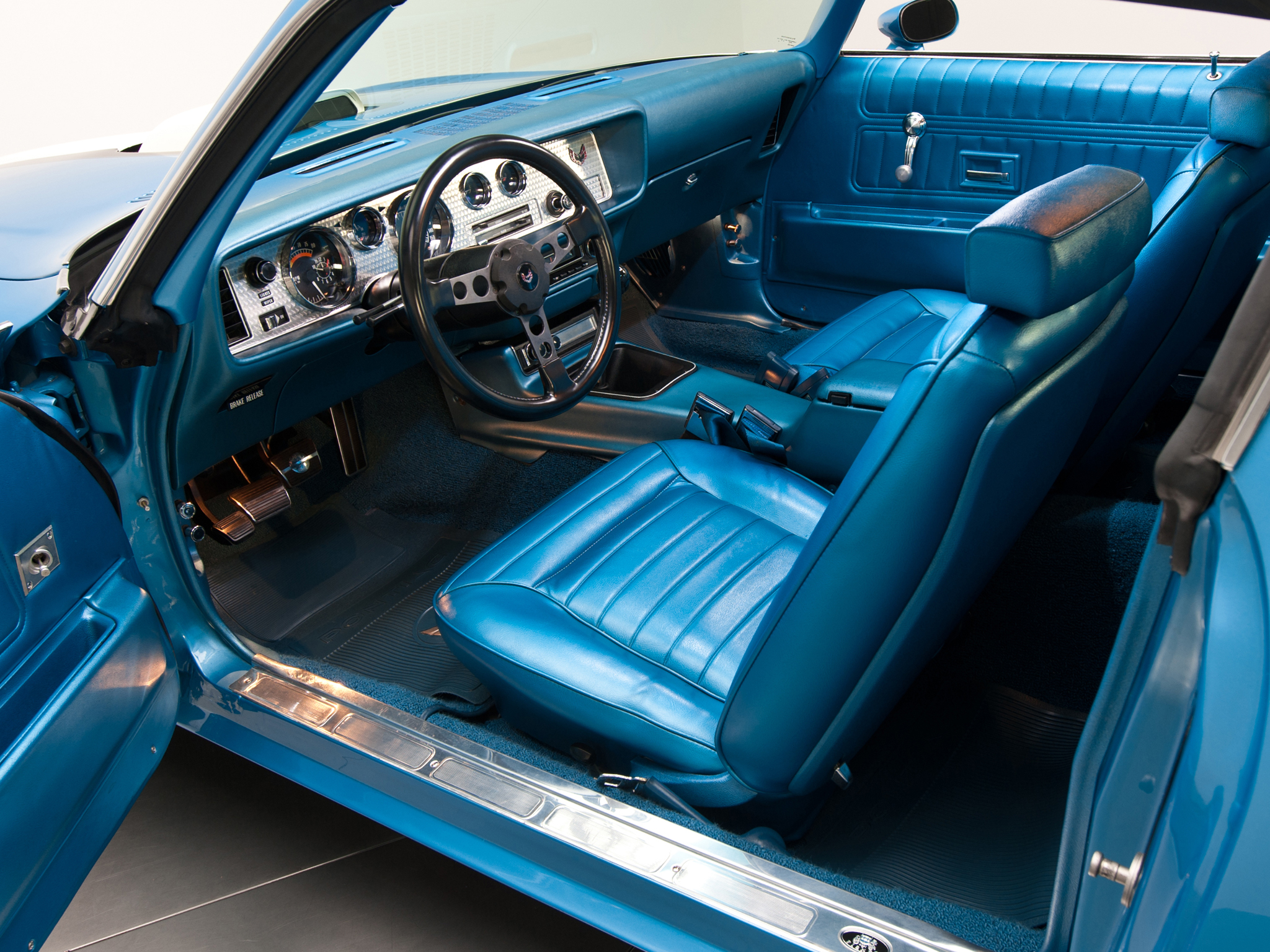1970 Pontiac Firebird Trans-Am Ram Air III muscle classic interior wallpaper background