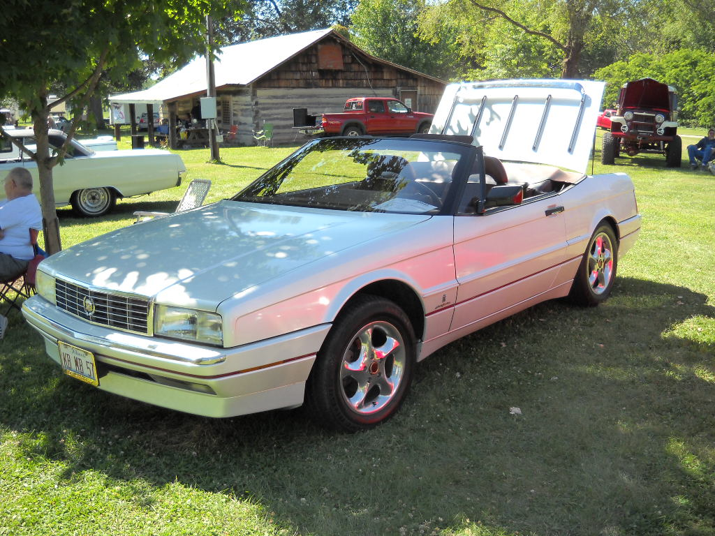 Keith & Margaret Brown - 1990 Cadillac Allante Convertible