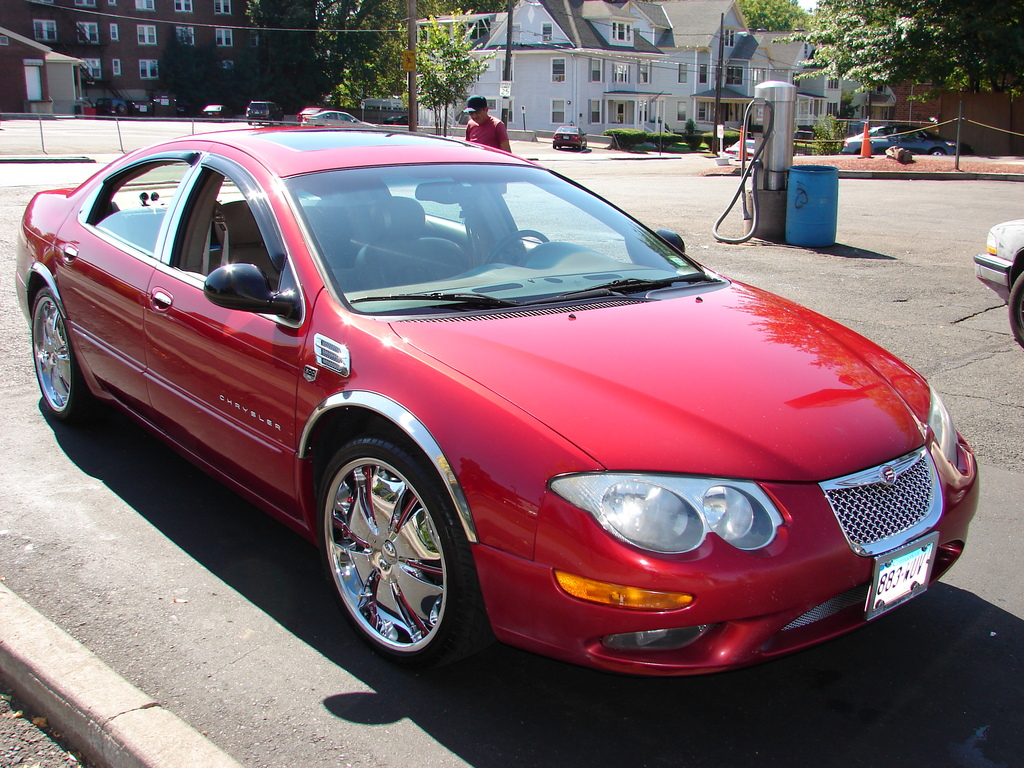 2000 Chrysler 300M Red