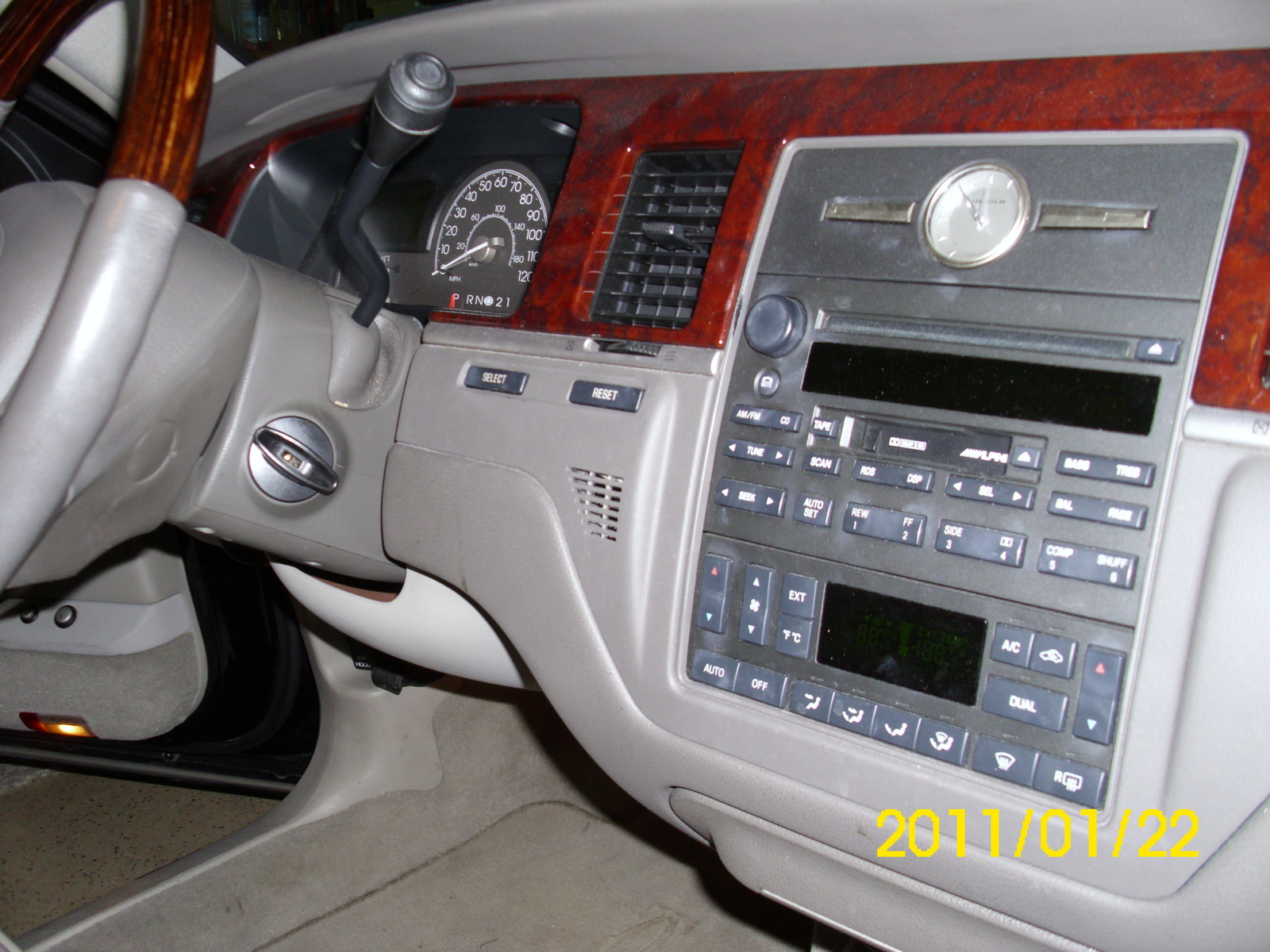 ... 2003 Lincoln Town Car Cartier Interior ...