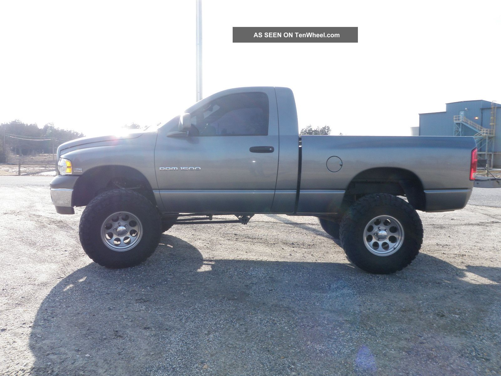Lifted 2005 Dodge Ram 1500 Hemi Sport Standard Cab Pickup 2 - Door 5.