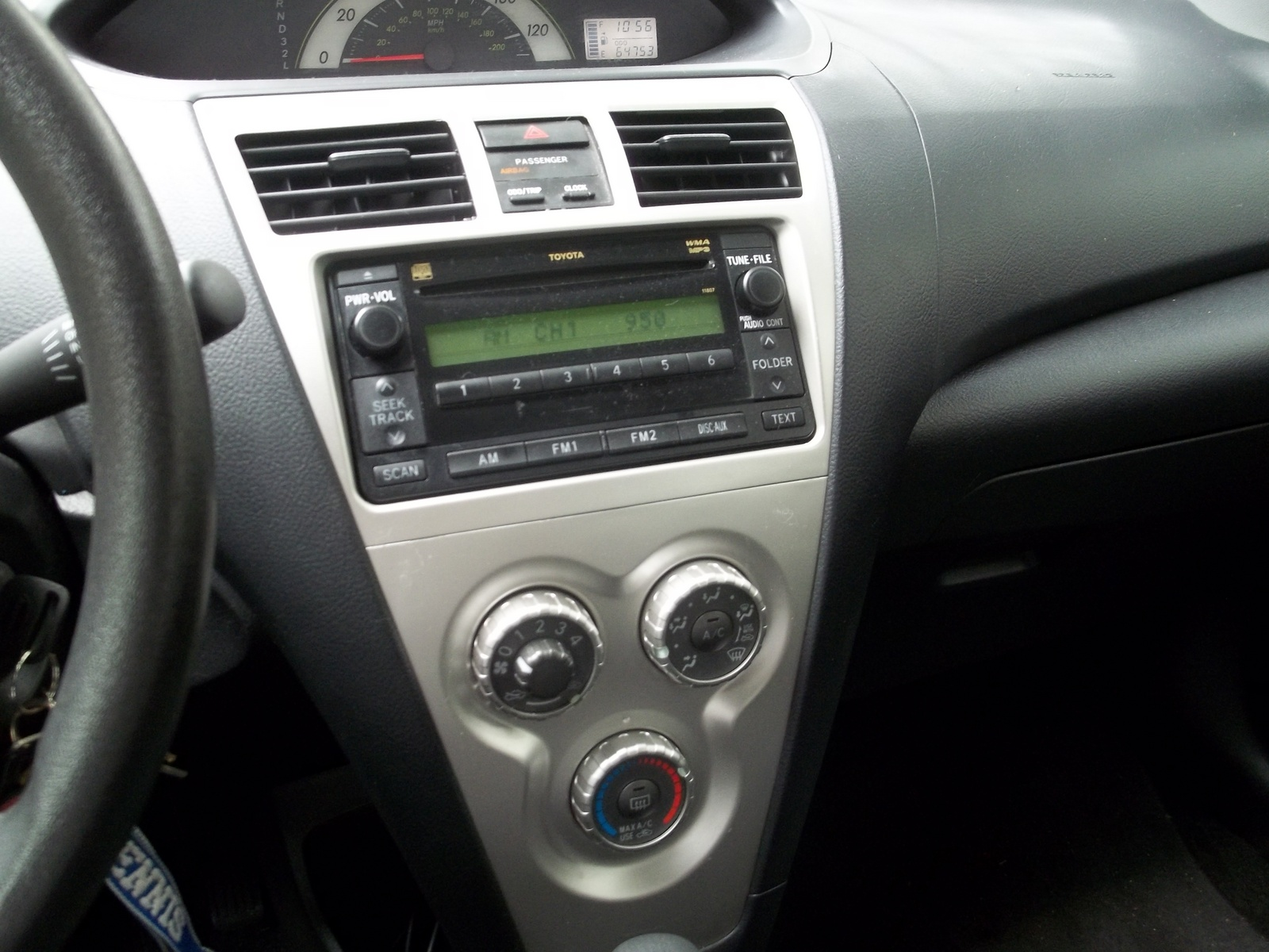 2007 Toyota Yaris Interior