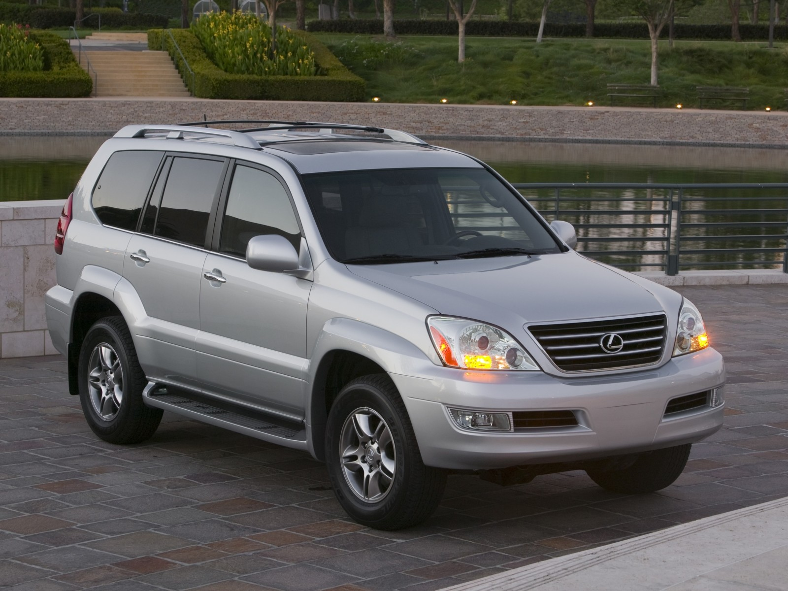 Technical Specifications. Make: Lexus Model: GX 470
