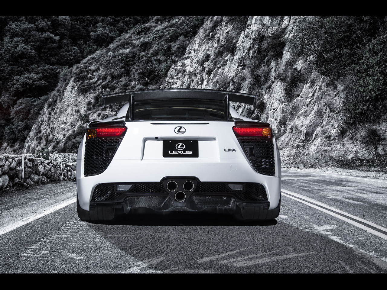 2013-Lexus-LFA-Nurburgring-Edition-Luxury-Auto (5)