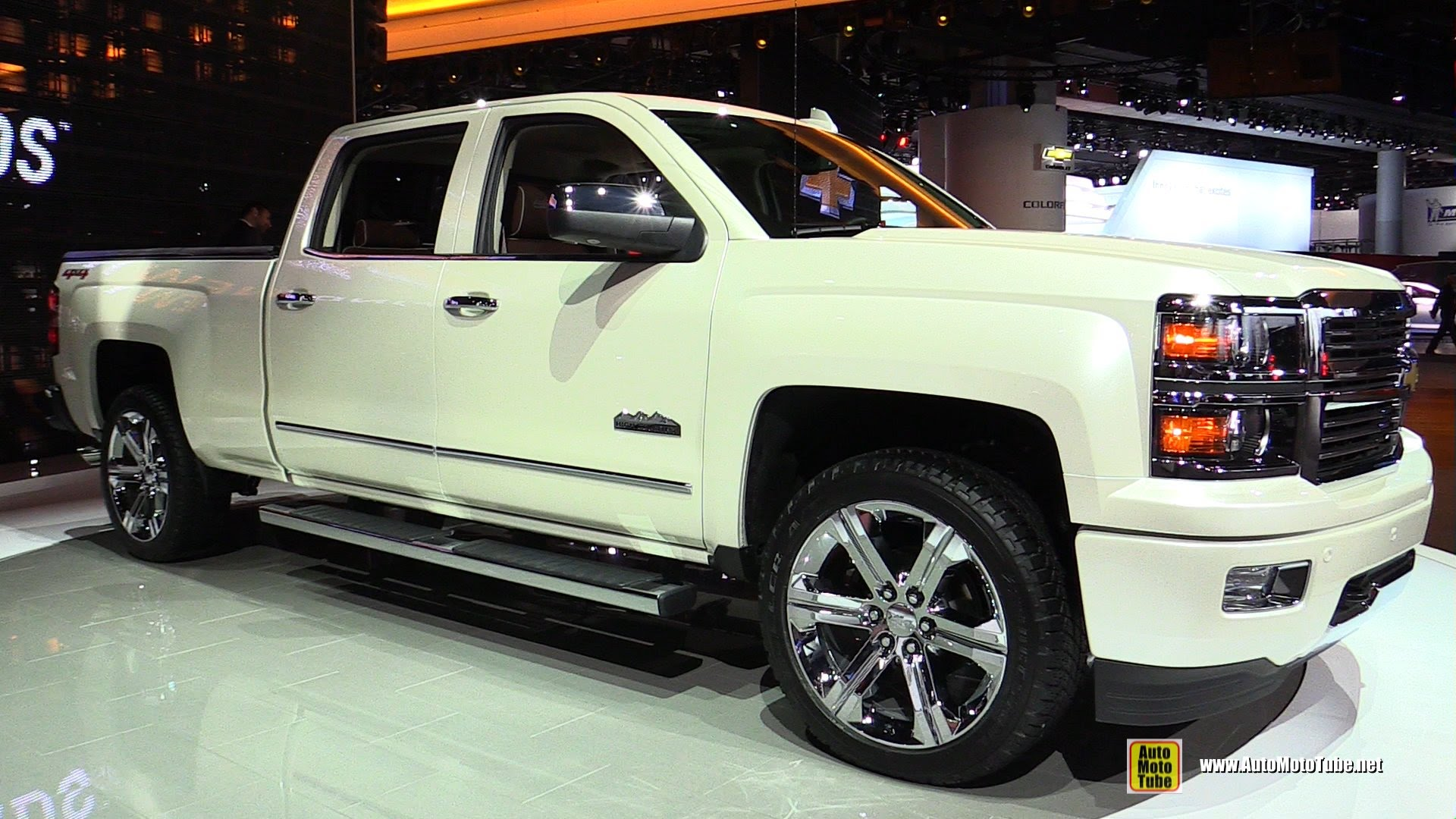 2015 Chevrolet Silverado High Country - Exterior and Interior Walkaround - 2015 Detroit Auto Show