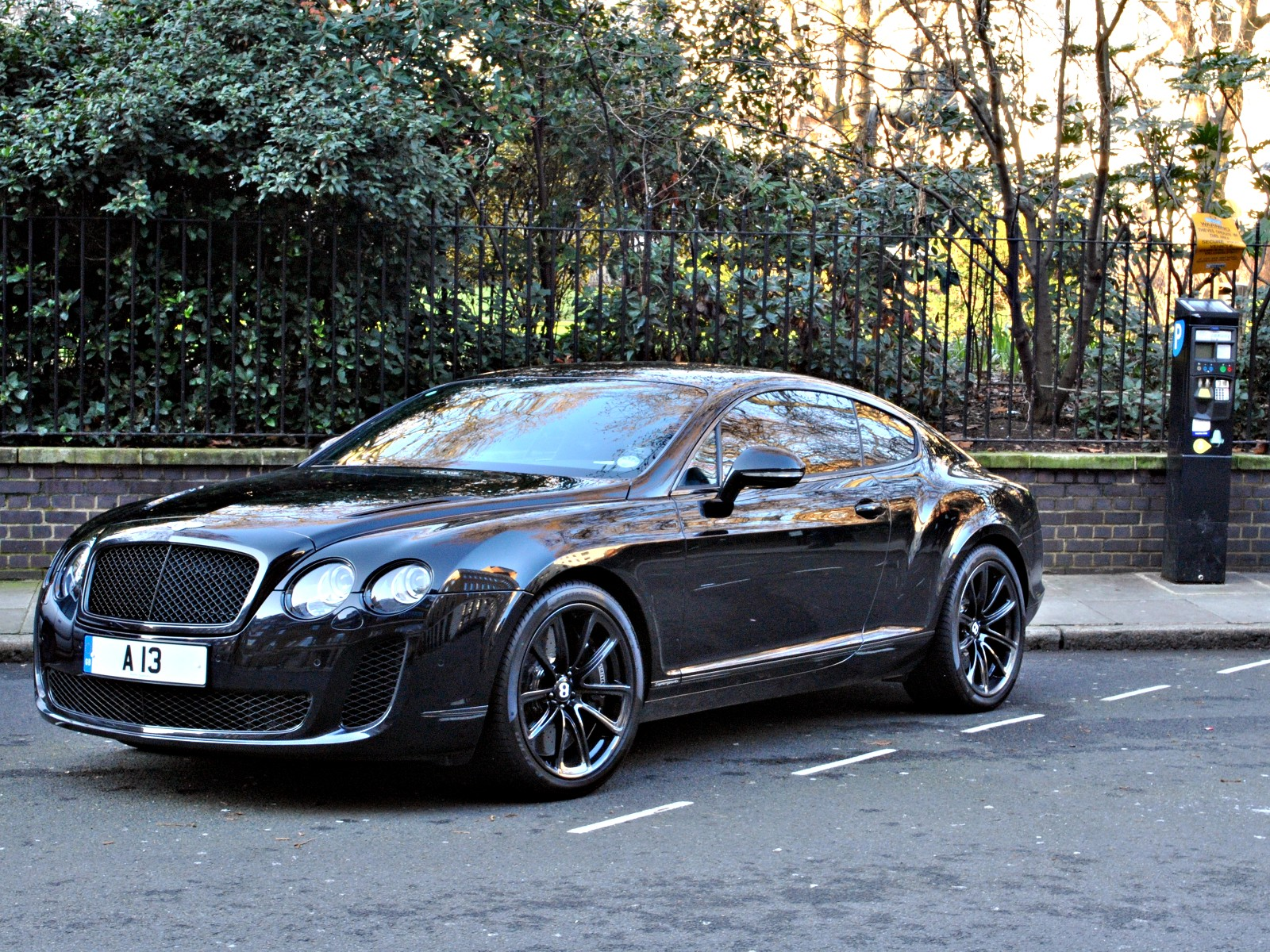 Bentley Continental Supersports Black