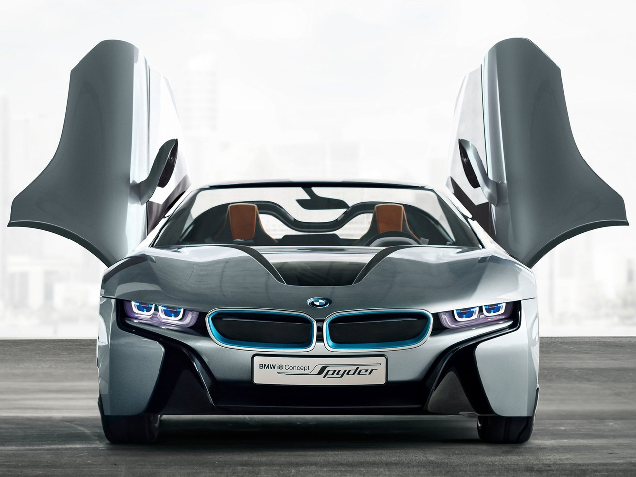 The first i8 featured LifeDrive architecture and the i8 Spyder also incorporates this technology. As a plug-in hybrid it uses lightweight modular ...