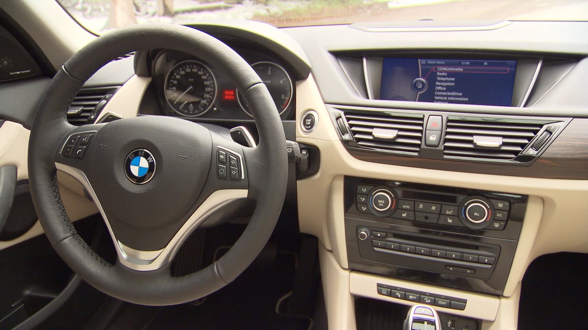 BMW X1 25d xLine 2012 - INTERIOR