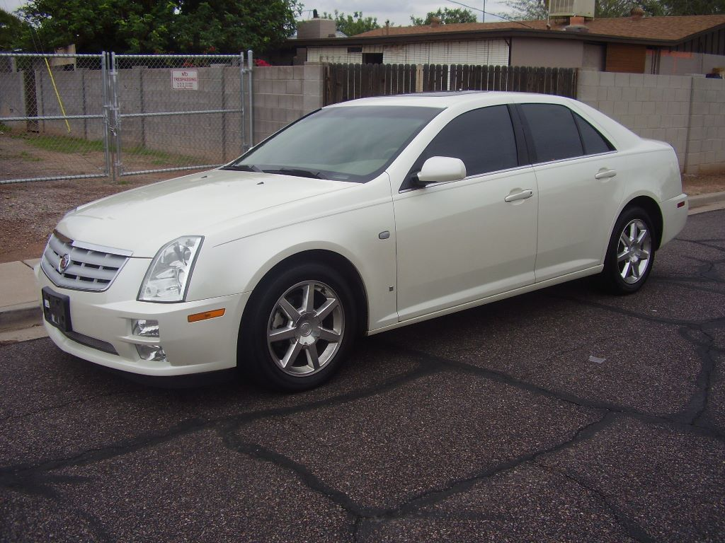 Cadillac Sts 2006 White