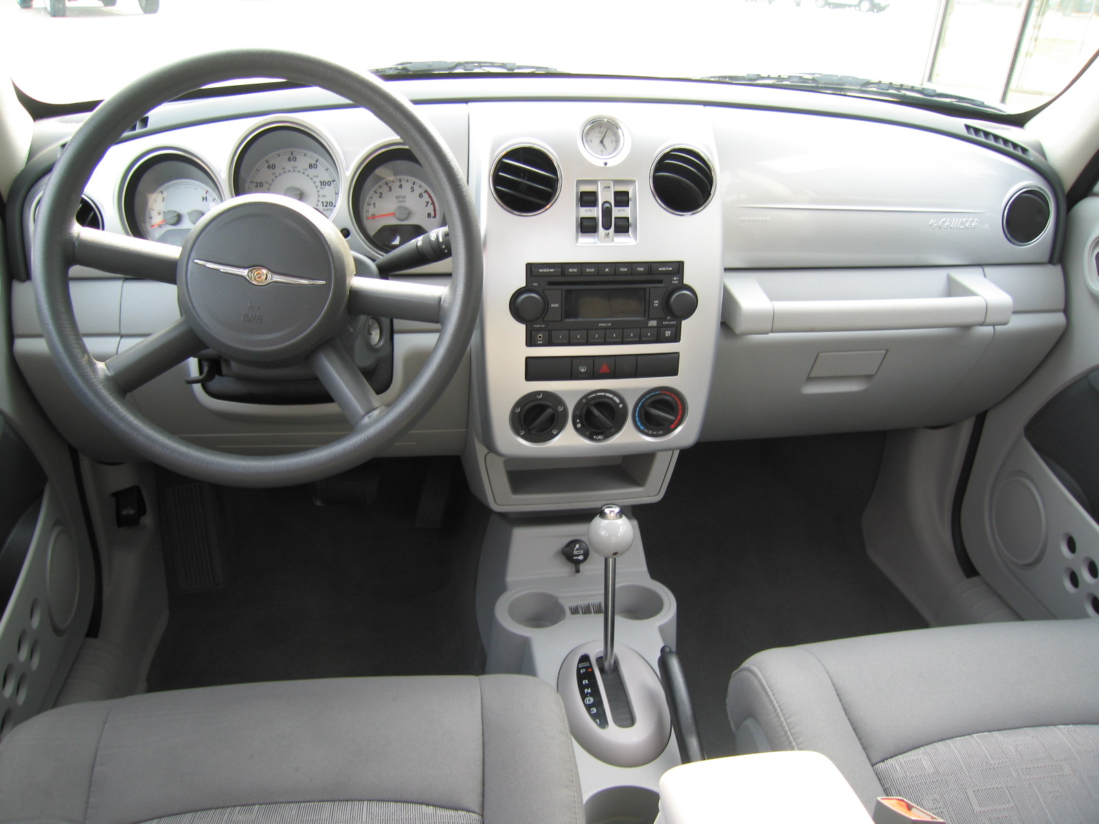 Chrysler PT Cruiser Interior