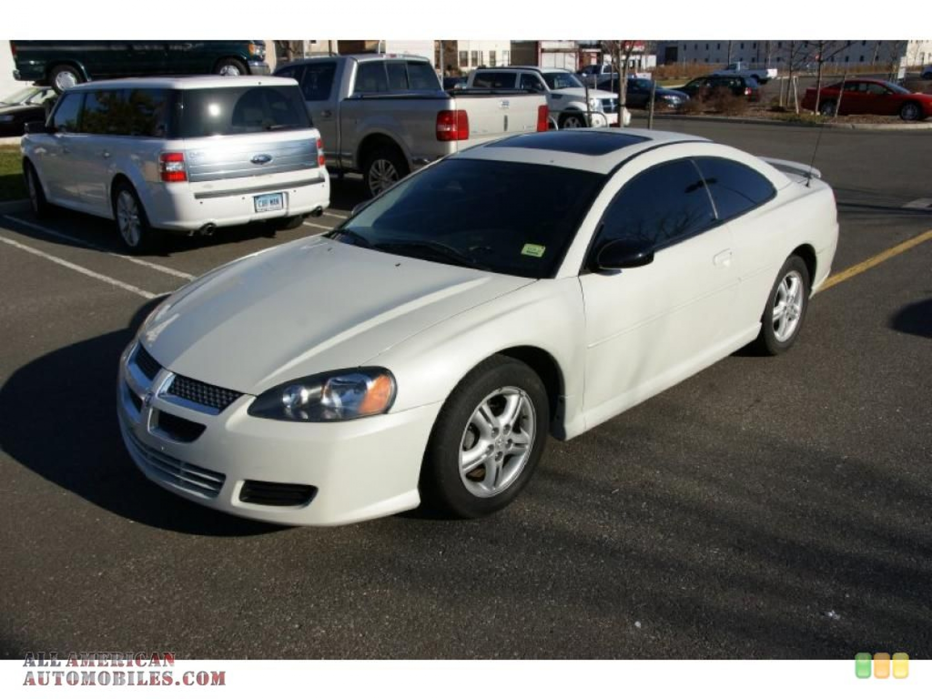 DODGE STRATUS COUPE white