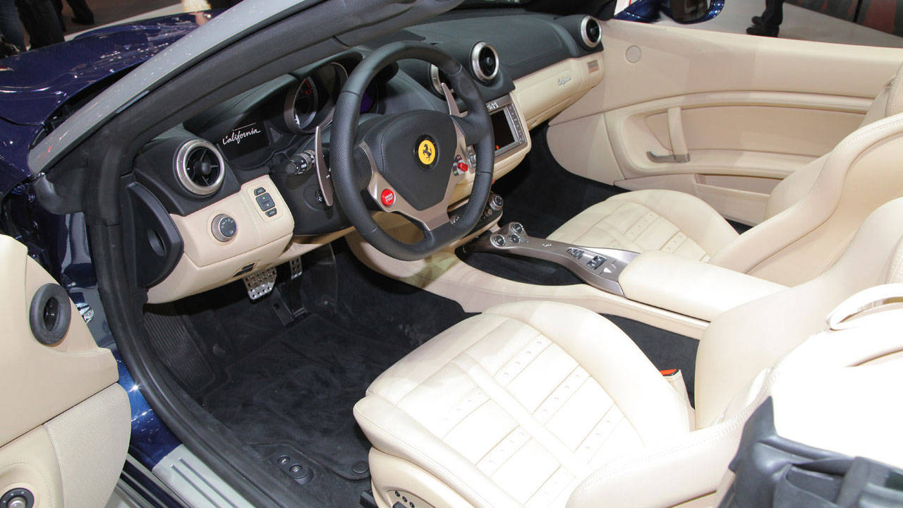 2012 Ferrari California Interior