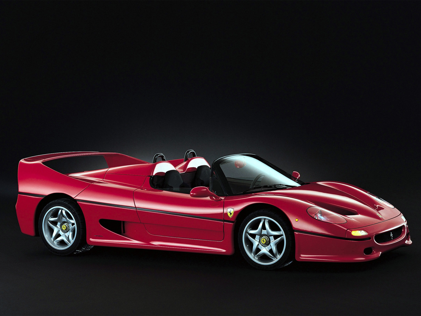 ferrari f50 wallpaper dark – 1600 x 1200 pixels – 343 kB