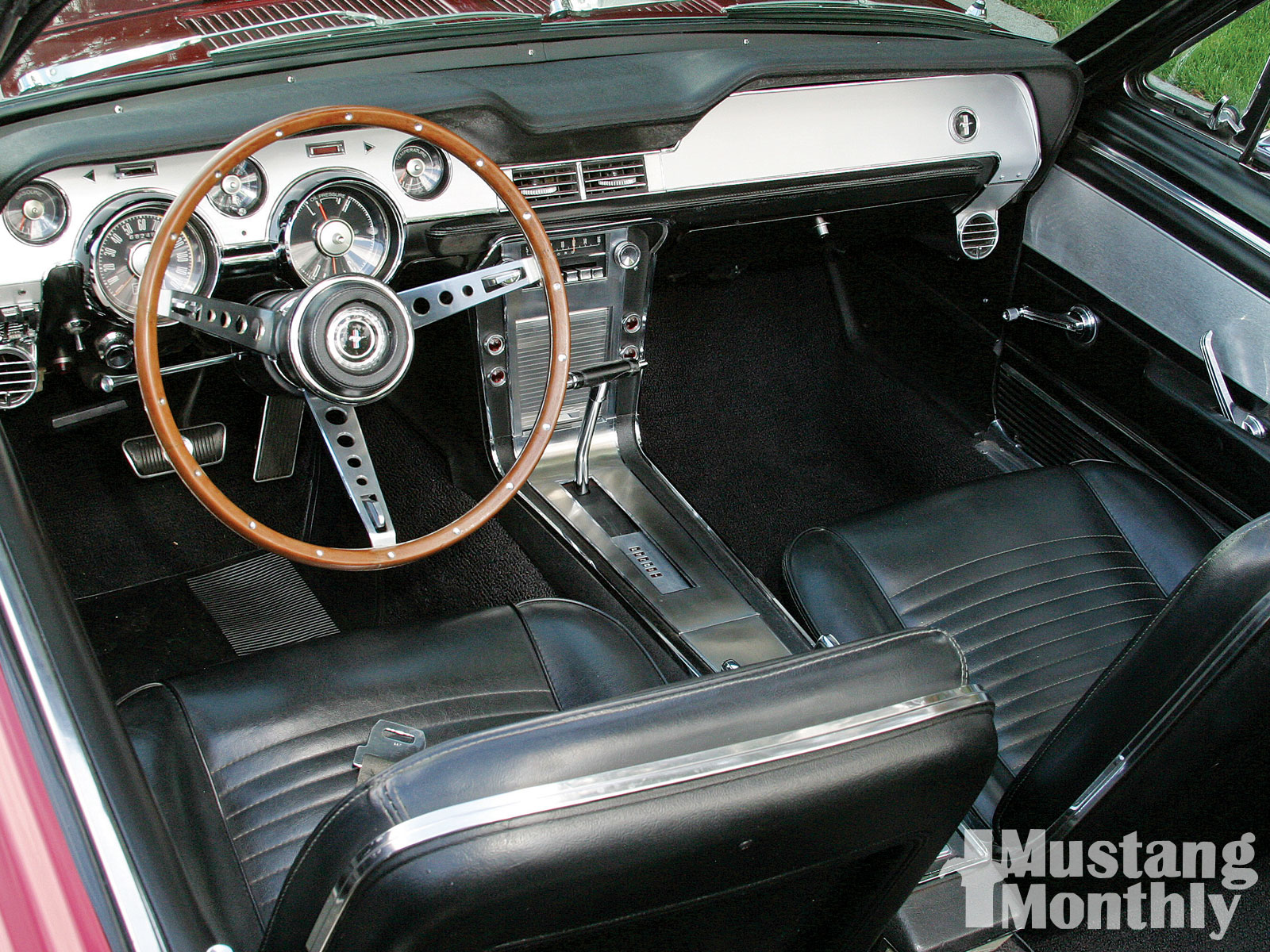 Ford Mustang Convertible Interior