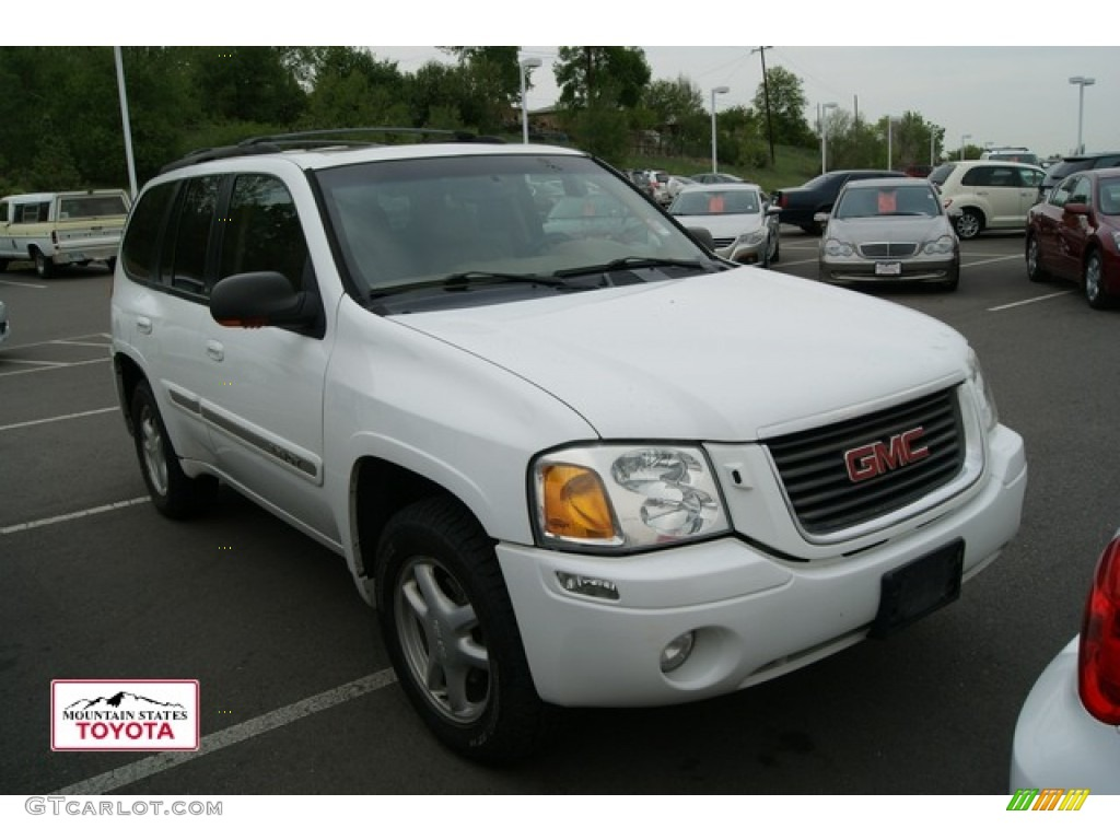 2002 Envoy SLT 4x4 - Summit White / Medium Pewter photo #1