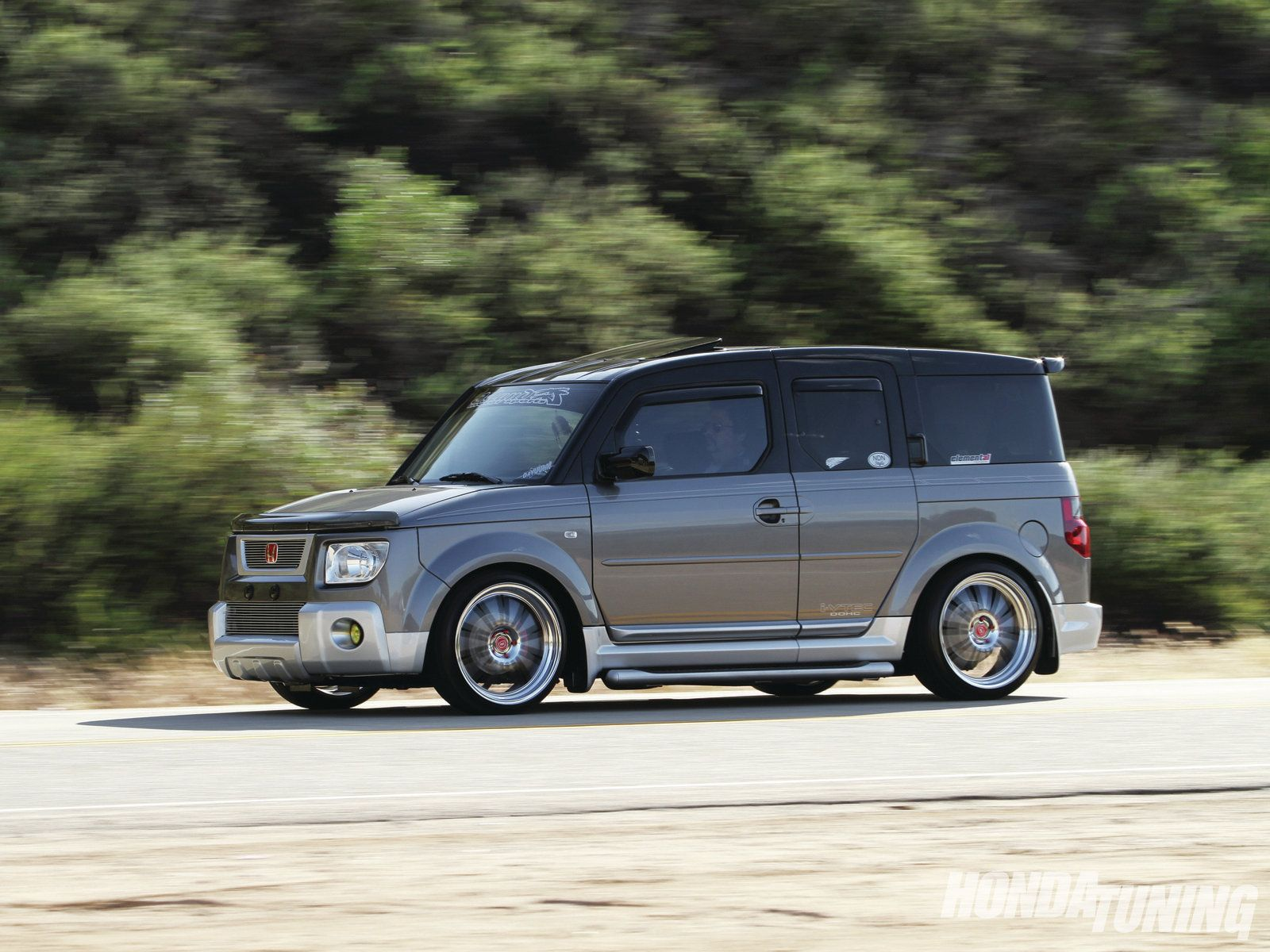 Photo 1 / 8 | Phillip Demark's custom 2005 Honda Element EX
