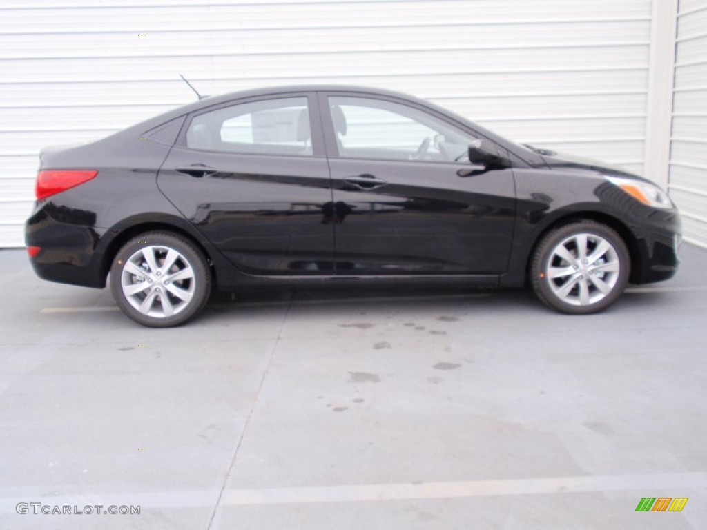 Ultra Black 2014 Hyundai Accent GLS 4 Door Exterior Photo #90519369