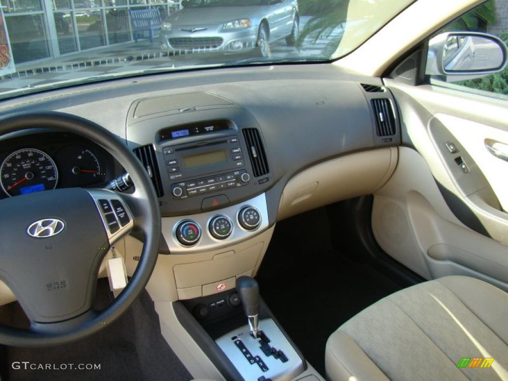 hyundai elantra interior 2010 wallpaper 1024x768 12438 autowpapers cool cars wallpapers