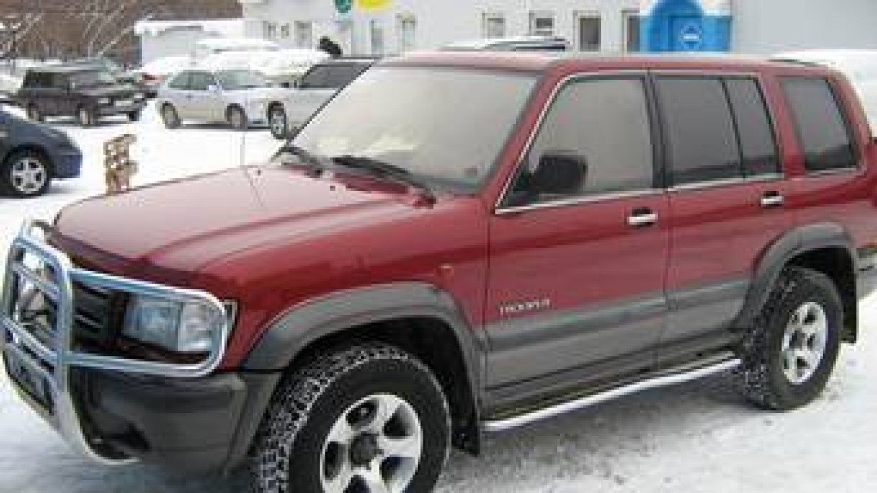 Isuzu Trooper 2015