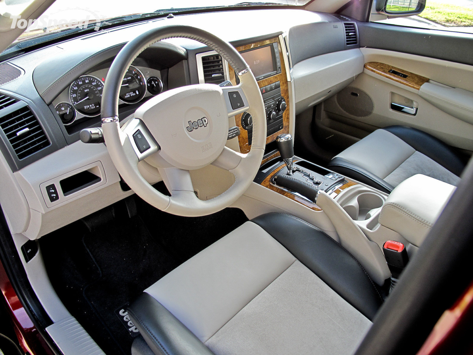 Jeep Commander Interior 2008