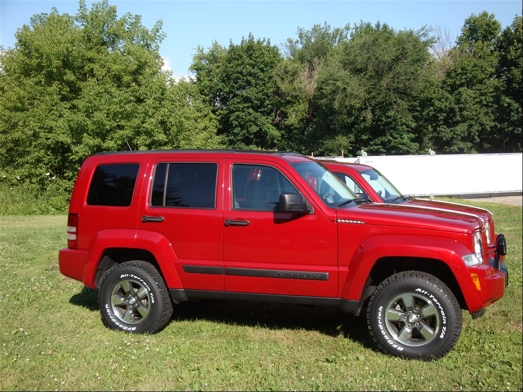 Jeep Liberty KK Lifted