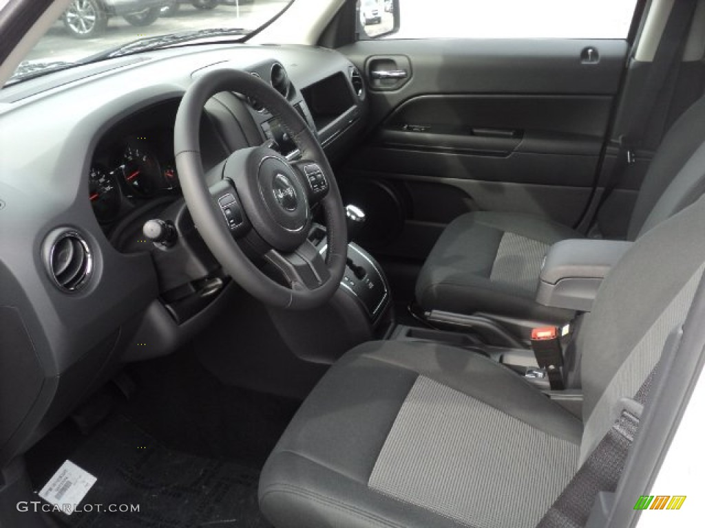Jeep Patriot 2012 Interior