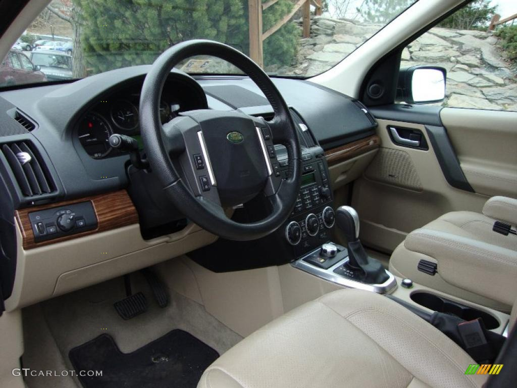 Land Rover LR2 2013 Interior