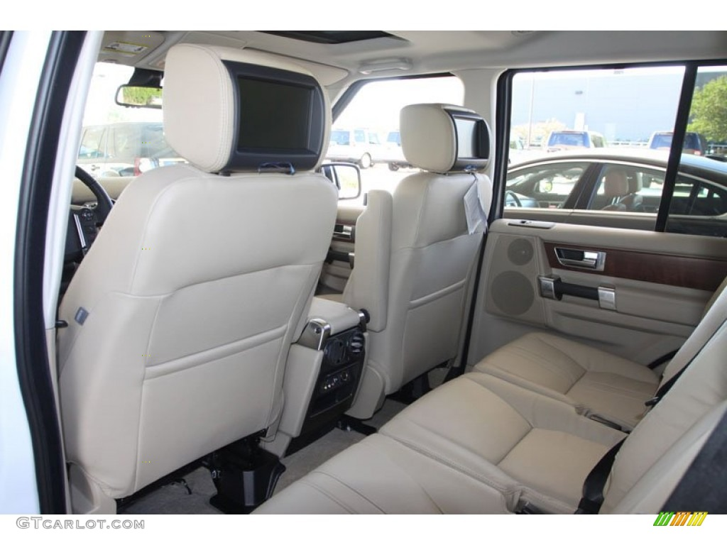 Land Rover LR4 Interior