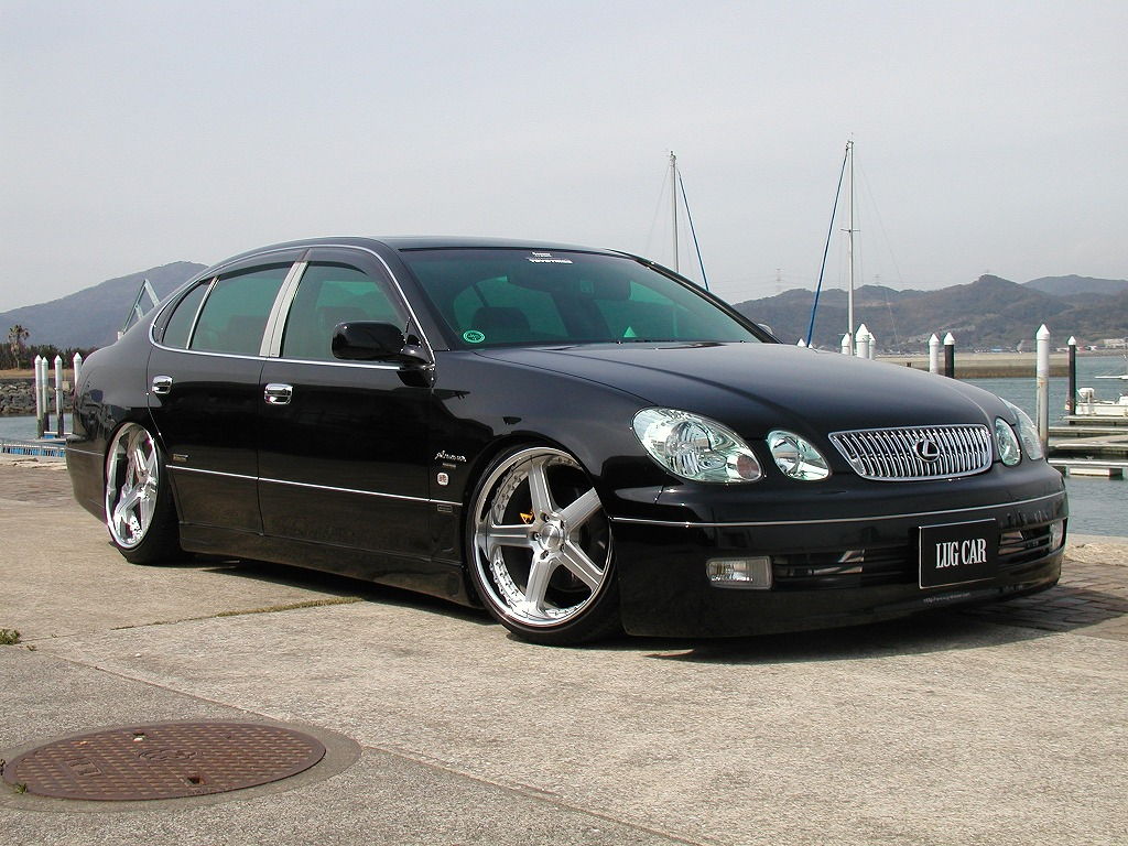 1999 Lexus GS 300 Overview