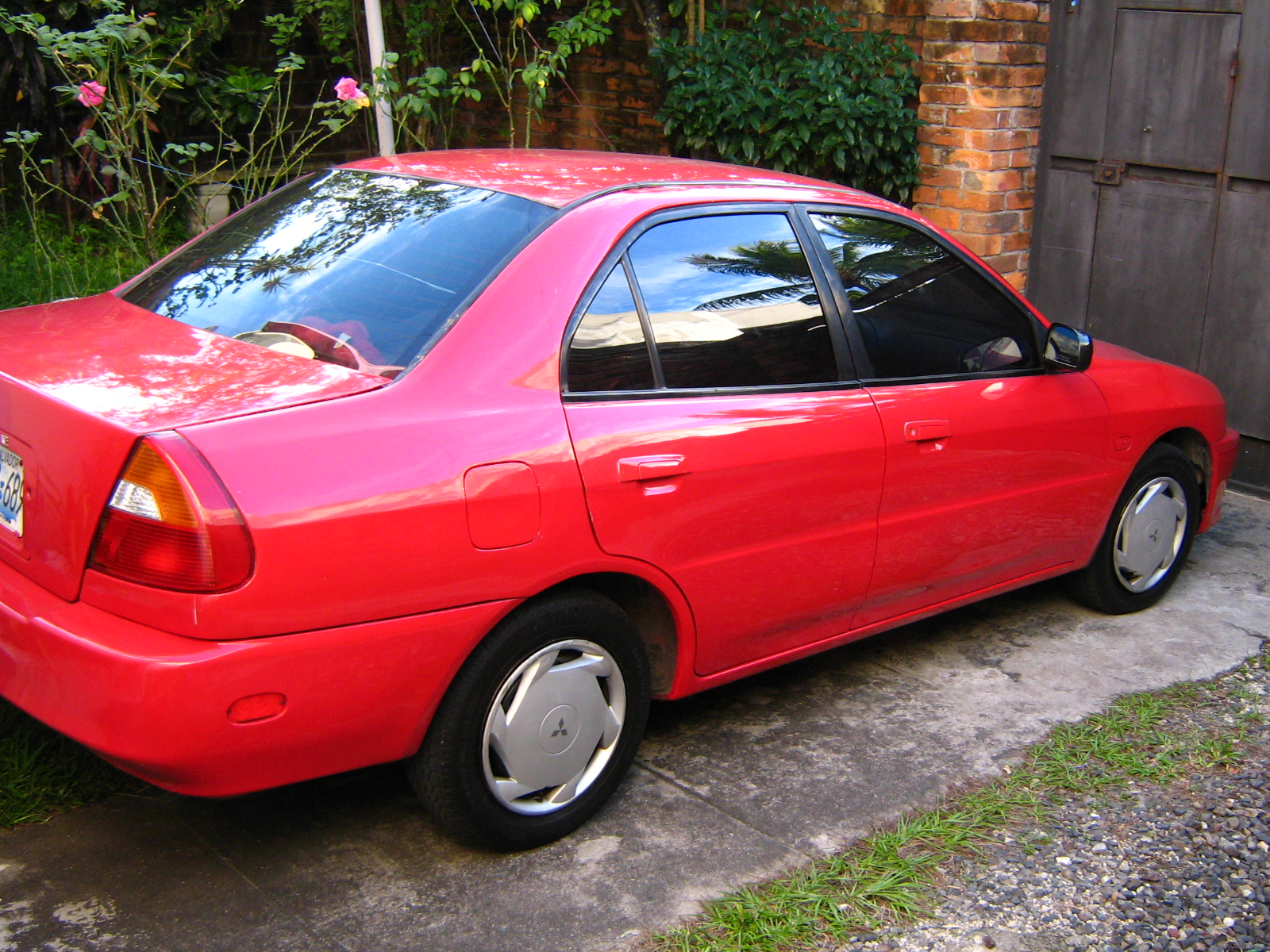 Picture of 1997 Mitsubishi Mirage LS, exterior