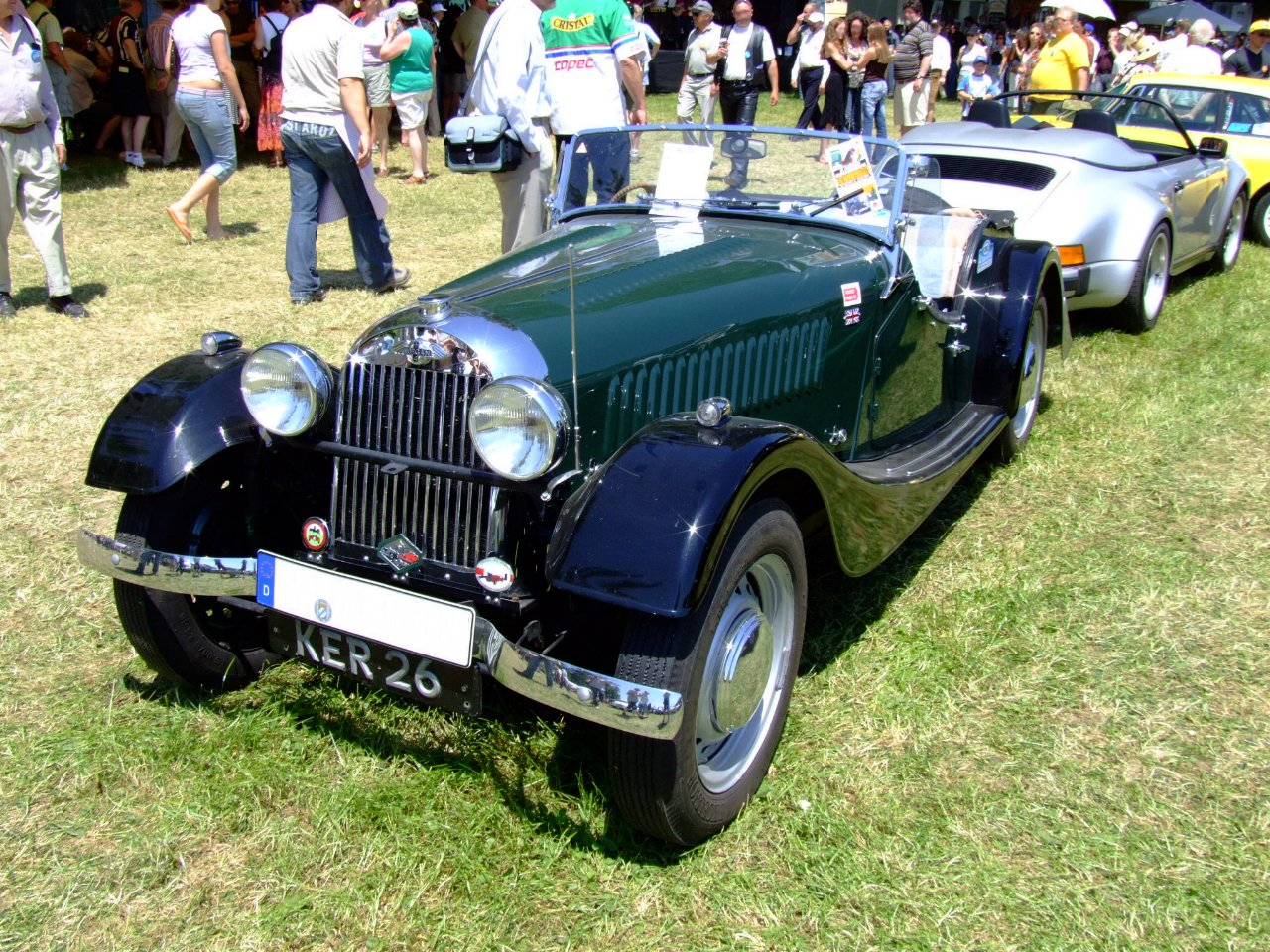 Morgan Plus 4 SLR
