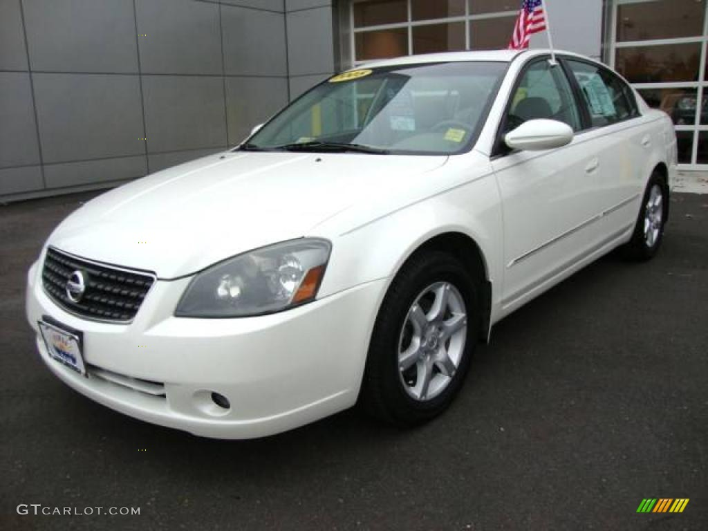 2005 Altima 3.5 SL - Satin White Pearl / Blond photo #1