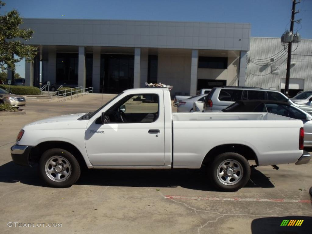 2000 Nissan Frontier XE Regular Cab - Cloud White Color / Beige Interior