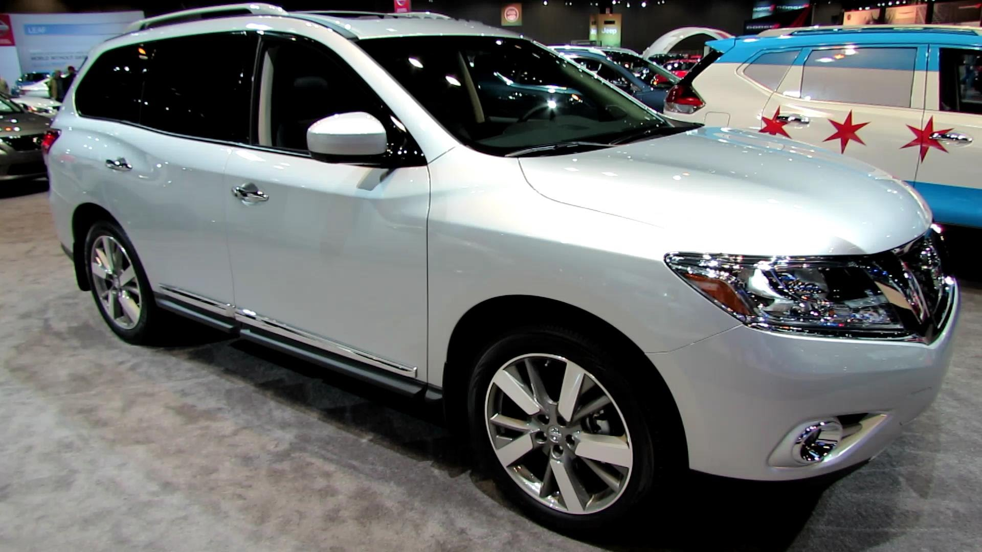 2014 Nissan Pathfinder Platinum 4WD - Exterior and Interior Walkaround - 2014 Chicago Auto Show
