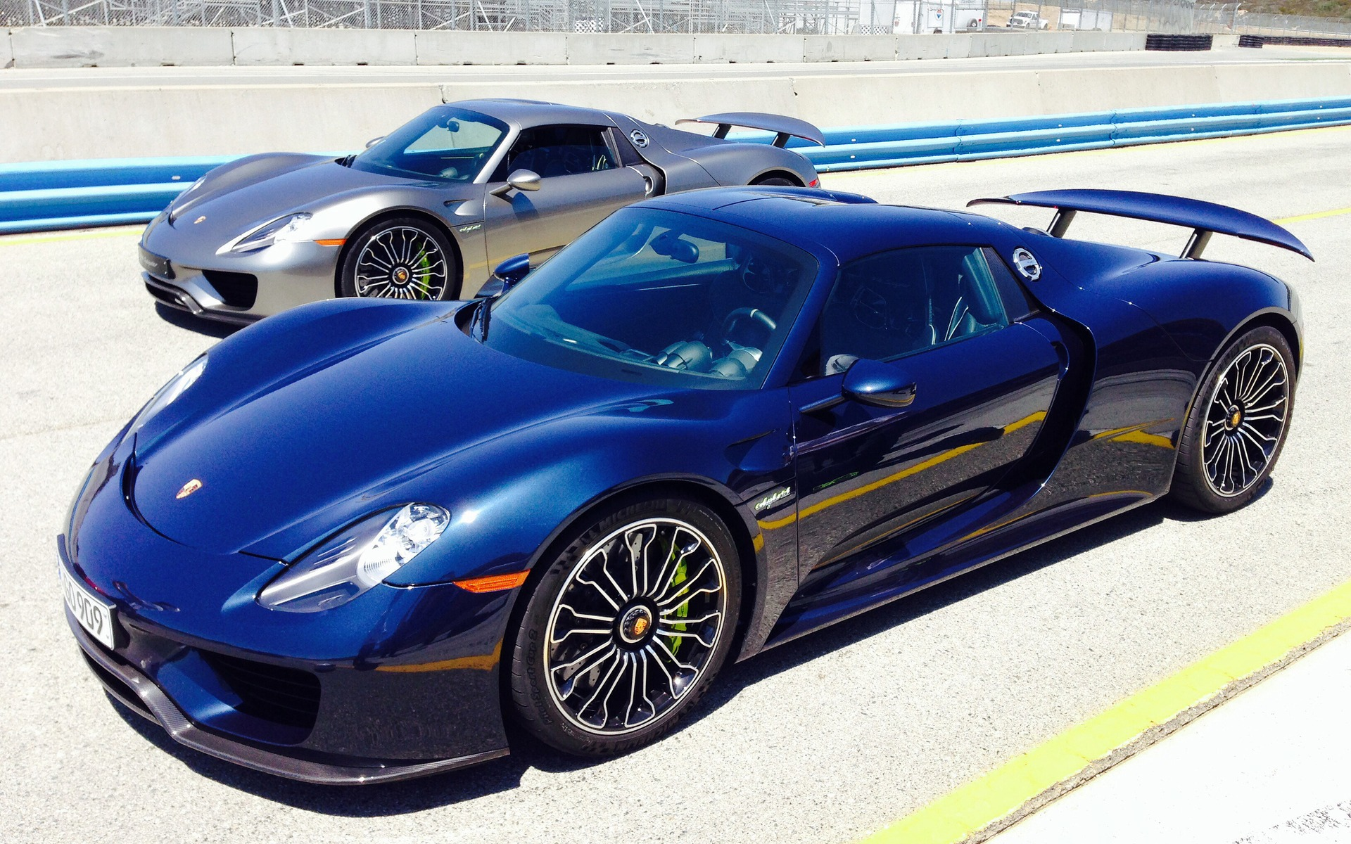 Last Chance To Get A Porsche 918 Spyder - 2014 Porsche 918 - The Car Guide