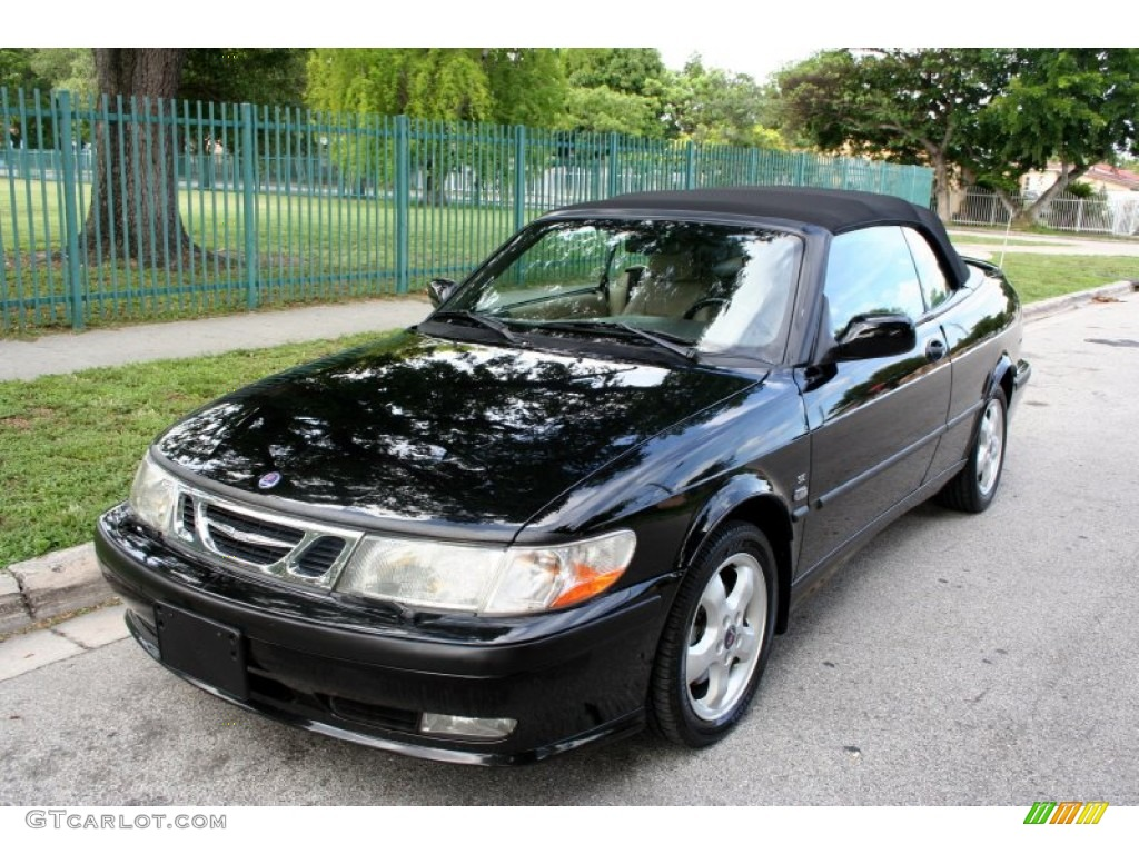 Saab 9-3 Convertible Black
