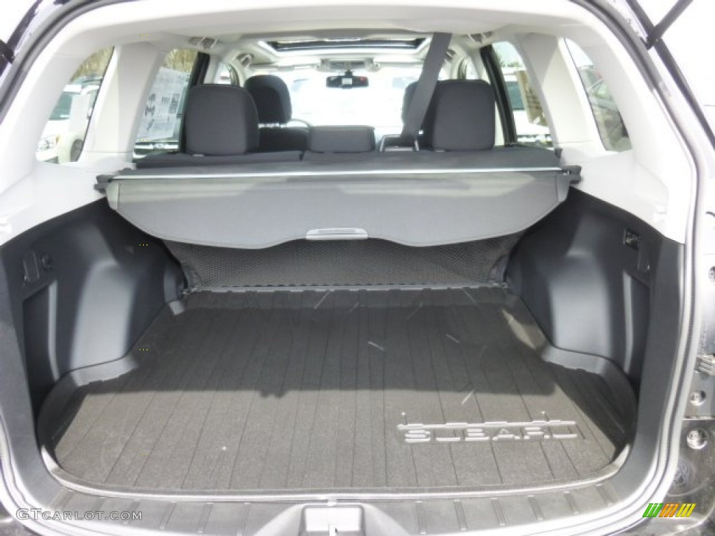 Subaru Forester 2015 Interior Trunk