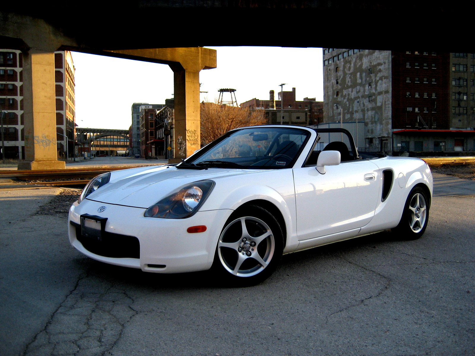 Toyota MR2 Spyder 2001