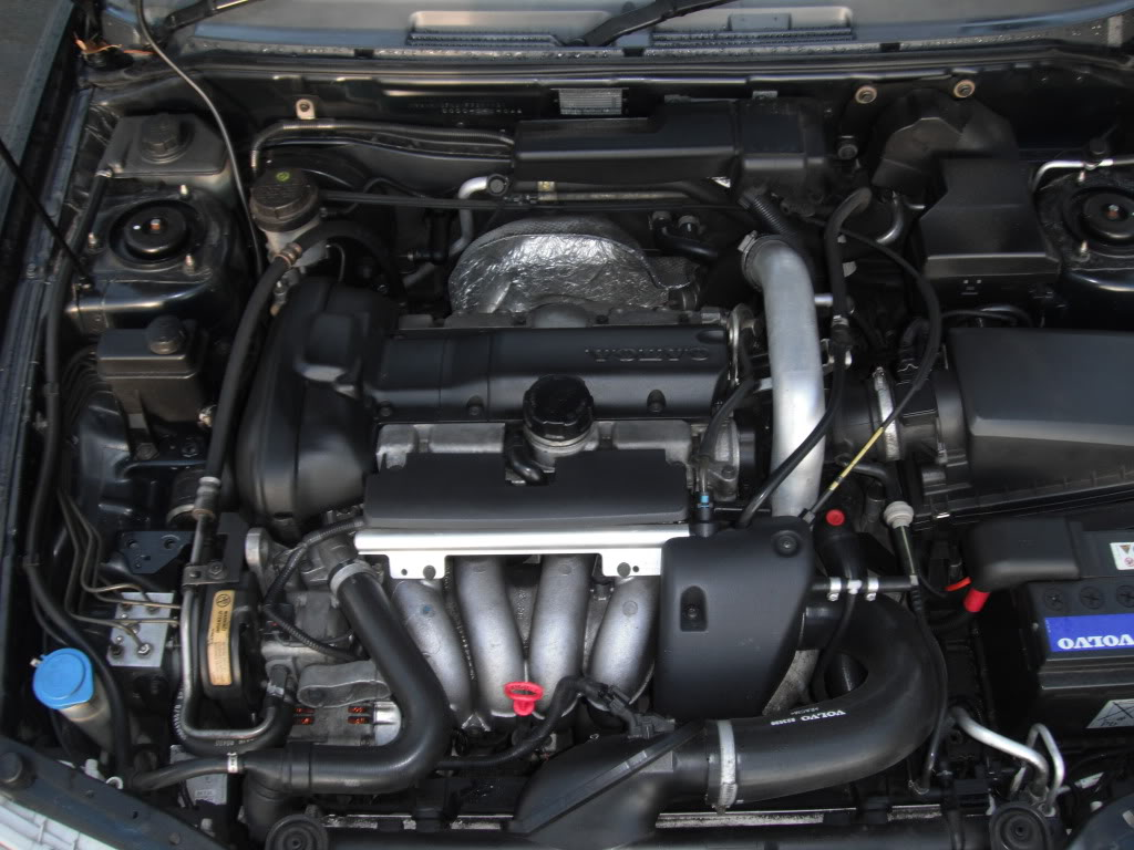 Volvo S40 2000 Engine