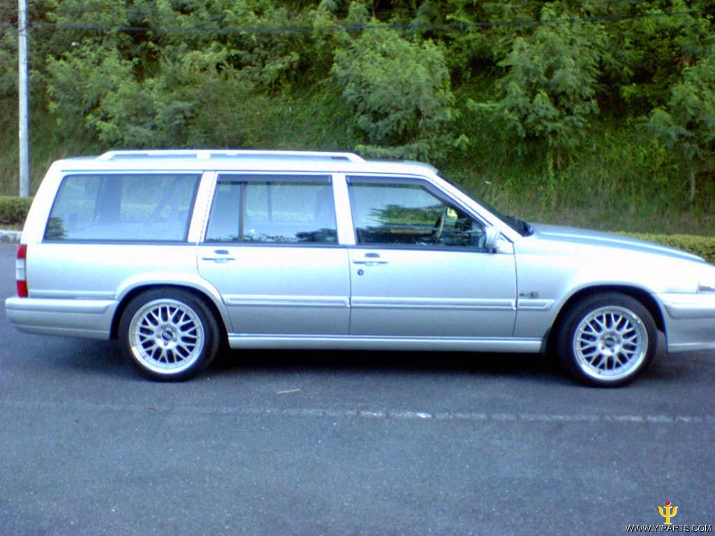 From 1996, Volvo renamed the 960 in select markets as Volvo S90 (sedan) and Volvo V90 Review. Email Save. 1998 Volvo V90 4 Dr STD Wagon.